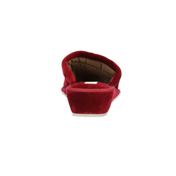 Ladies' wedge-heel slippers bata, red , 679-5607 - 17