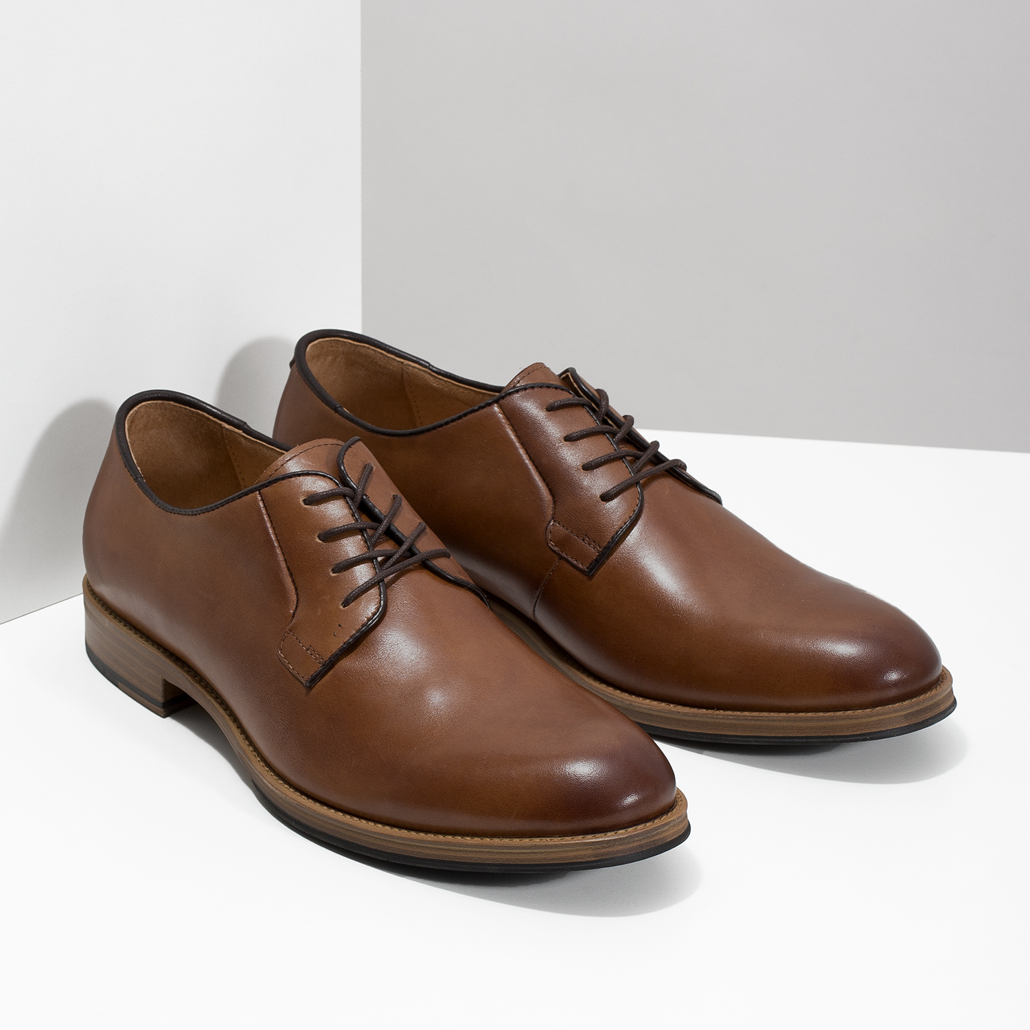 Bata Men's thick-soled leather shoes